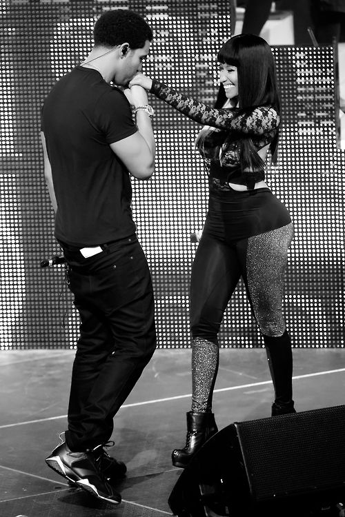 Drake and nicki minaj are the CUTEST OMFG    too bad they aren't a couple