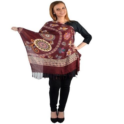 Shop Very Warm Thread Jaal Woolen Shawl from Uptowngaleria.com   Click here to buy: http://bit.ly/10cGqFD