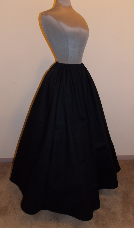 1000  ideas about Long A Line Skirt on Pinterest | Long skirt ...