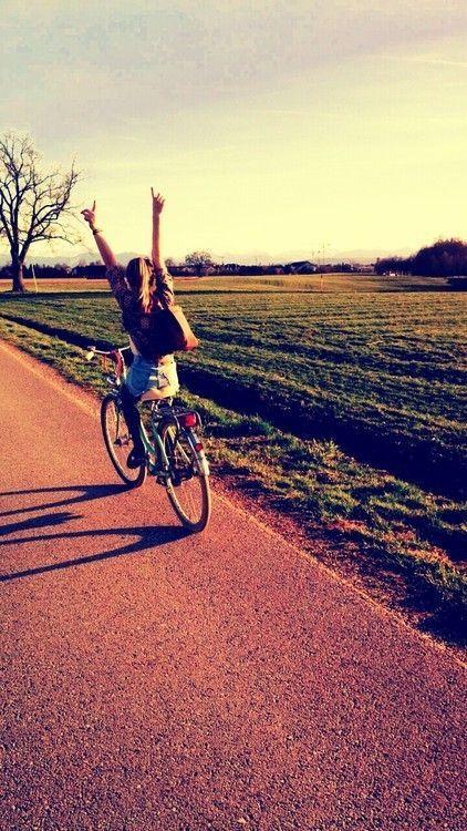 Si estás buscando alguna actividad física que complemente tu día a día, pero no logras encontrar alguna que se adapte a tus horarios o necesidades, abre un poco tus opciones y comienza a pensar enuno de los ejercicios más completos que existen. Checa estos 10 beneficios de andar en bicicletay pregúntatecómo es que no comenzaste […]