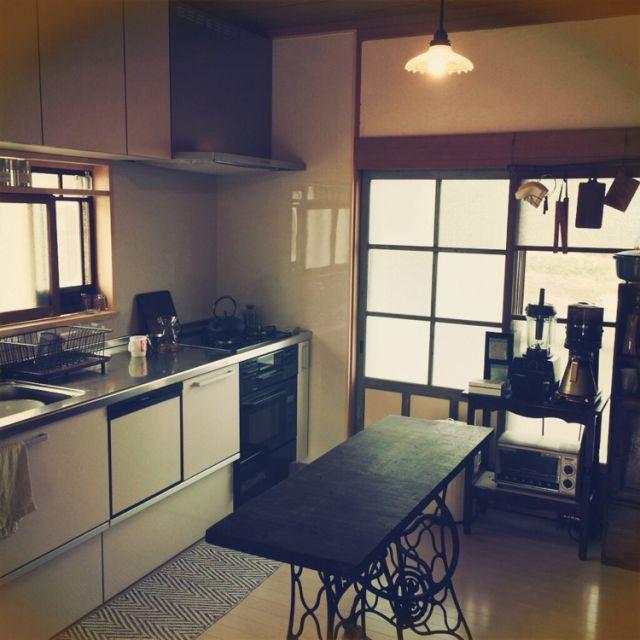 --ao--さんの、キッチン,古道具,キッチン,リフォーム,昭和レトロ,リノベーション,カフェ風インテリア,日本家屋,古い建具,昔ながらの間取り,のお部屋写真