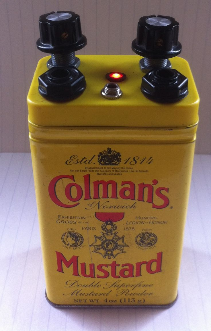 Voltage Controlled Oscillator for electronic music. Built by David Handford and housed in classic, kitsch, Colman's Mustard tin. davidhandford67@yahoo.co.uk