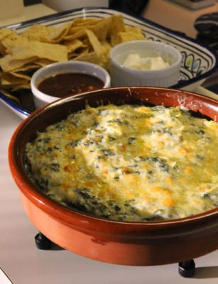 Spinach and Artichoke Dip - hot and cheesy (just like Houston's Restaurant!!): Food Dips Appetizers, Houston Spinach Dips, Spinach Artichoke Dip, Appetizers Snacks Recipe, Appetizers Dips Salsa Dresses, Spin Dips, Spinach Artichokes Dips, Favorite Recipe, Food Drinks