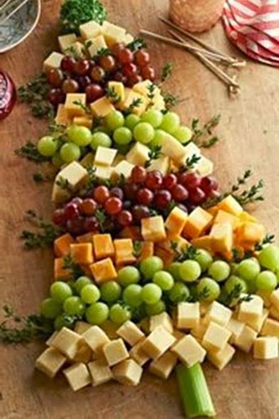 Christmas Tree   Grape and Cheese Board