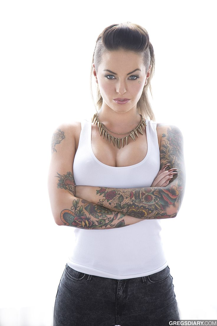 Christy Mack. Arms look awesome