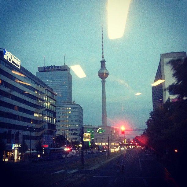 Luxury car hire offices in Germany – Munich, Berlin, Frankfurt, Dusseldorf, Hamburg, Magdeburg,  http://luxurysportcarhire.com/world-locations/locations-in-europe/