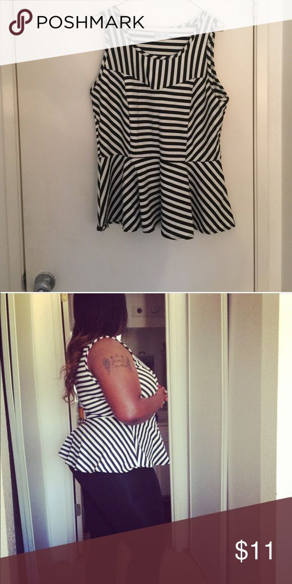💝plus size💝 Black and white peplum top. Worn once. Perfect condition.  Great with a pair of leggings. Tops