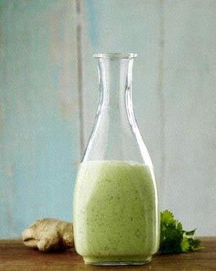 Das Rezept für Joghurt-Dressing mit Ingwer, Koriander und Limette und weitere kostenlose Rezepte auf LECKER.de