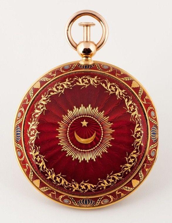 Couleurs d'Istanbul - La pendule sympathique de Mahmud II est actuellement au Musée de Topkapi.