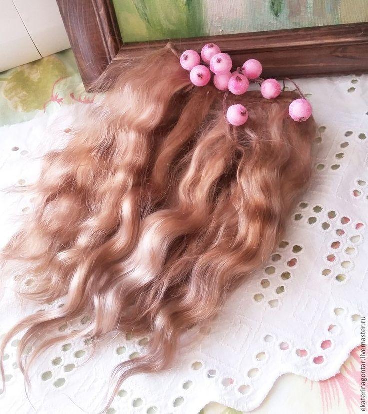 Хочу поделиться своим опытом изготовления трессов для кукольных волос из пуха ангорской козочки. Столкнувшись с тем, что…