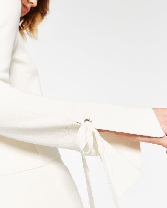 画像 4 の 袖スリット入りセーター ザラから