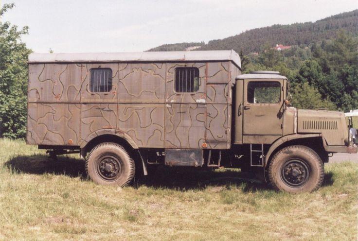 Tatra T-128 skříň