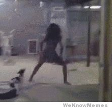 I Don't Think That's How You Twerk – Gif