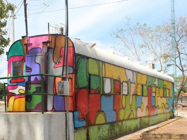G.H.: Vagão abandonado ganha grafite e vira Centro Cultu...