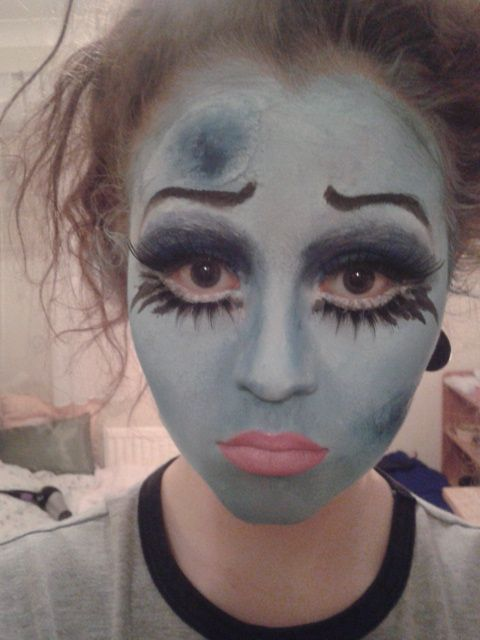 Corpse Bride   This is one of my favourites! I followed Pixiewoo's tutorial on youtube for this mainly...     I did the usual; covered m...