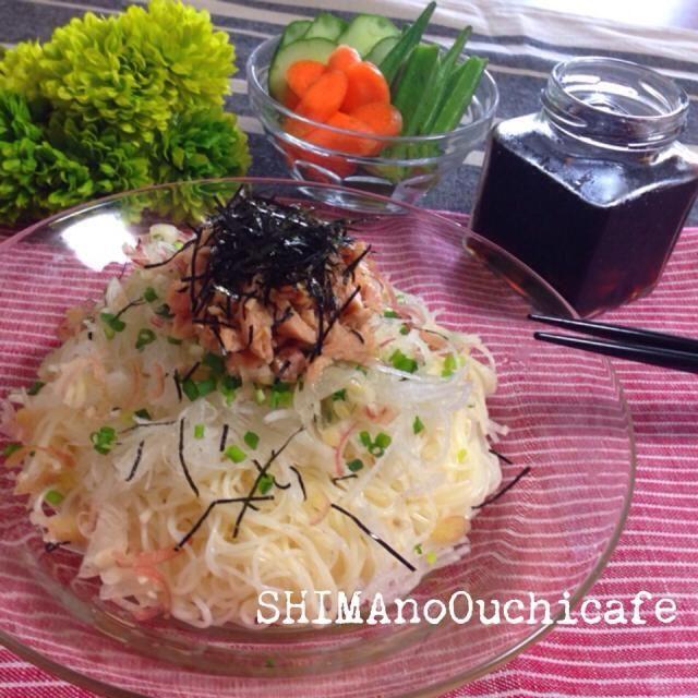 我が家の夏の定番! 簡単にささっとできて美味い〜 レシピはこちら http://ameblo.jp/shima-no-ouchicafe/ - 27件のもぐもぐ - にんにく醤油deツナと大根の素麺パスタ by SHIMAouchicafe