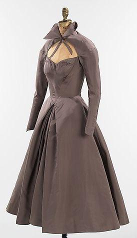 Charles James - Couturier - Robe de Soirée 'infante' - 1952 - Taupe
