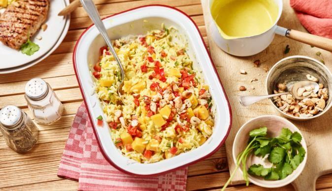 MAGGI Rezeptidee fuer Fruchtiger Reissalat mit Curry-Sauce