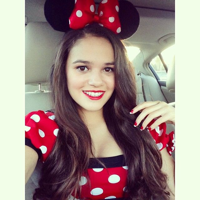 Madison Pettis.................omg she gerew up so fast