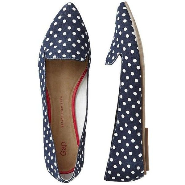 Gap Printed Pointy Flats - navy polka dot ($20) ❤ liked on Polyvore featuring shoes, flats, sapatos, zapatos, women, pointed toe shoes, pointy flats, gap flats, pointy toe shoes and loafers flats