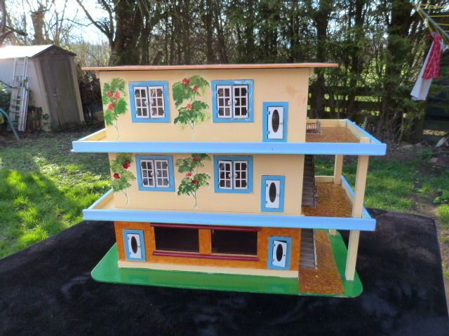 RARE VINTAGE 1950s MID CENTURY LARGE WOODEN DOLLS HOUSE/APARTMENT BLOCK.  | eBay