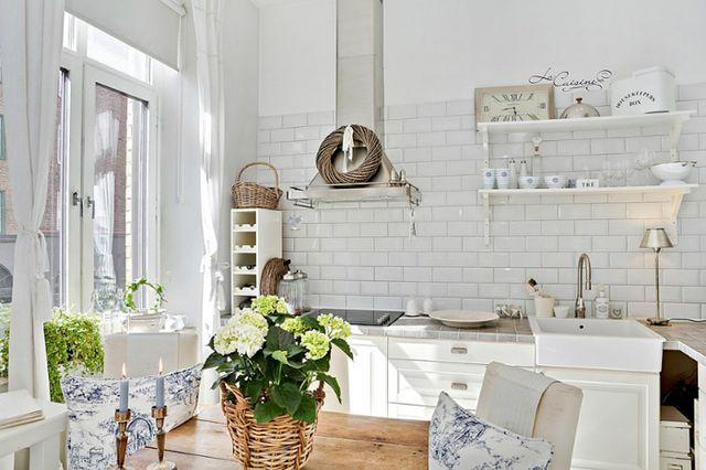 Уютный белоснежный интерьер в Швеции (via Bloglovin.com )