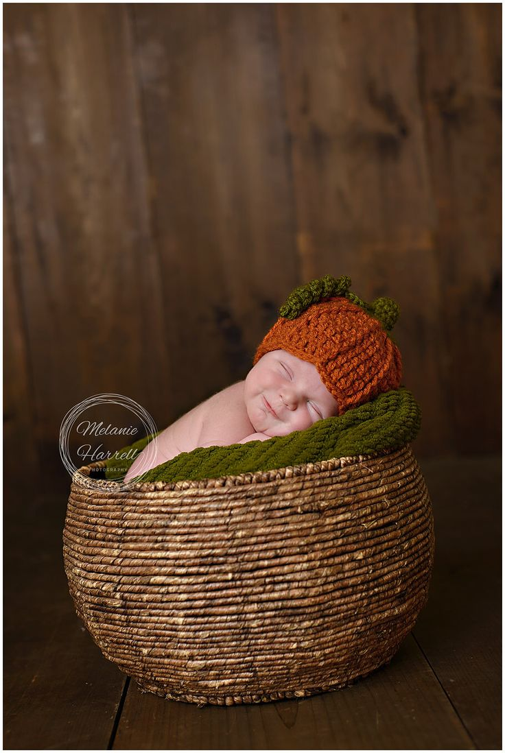 Newborn Pumpkin Outfit - Baby Halloween Outfit - Baby Pumpkin Hat - Newborn Halloween Costume - Baby Halloween Costume - Photography Prop by LittleLovesPS on Etsy https://www.etsy.com/listing/243358891/newborn-pumpkin-outfit-baby-halloween
