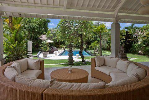 Luxury Villa Bintang Nusa Dua Bali - lounge area