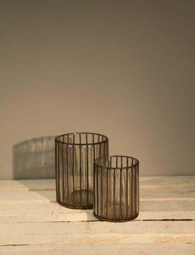 Glazen theelichthouders met staaldraad - Tealight holders - Glass and steelwire baskets - #WoonTheater