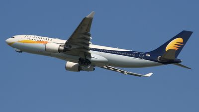 Photo of VT-JWG - Airbus A330-203 - Jet Airways