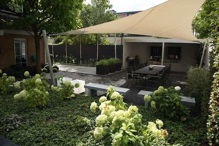 Meer dan 1000 idee n over onderhoudsvriendelijke tuin op pinterest onderhoudsvriendelijke - Eigentijds pergola design ...