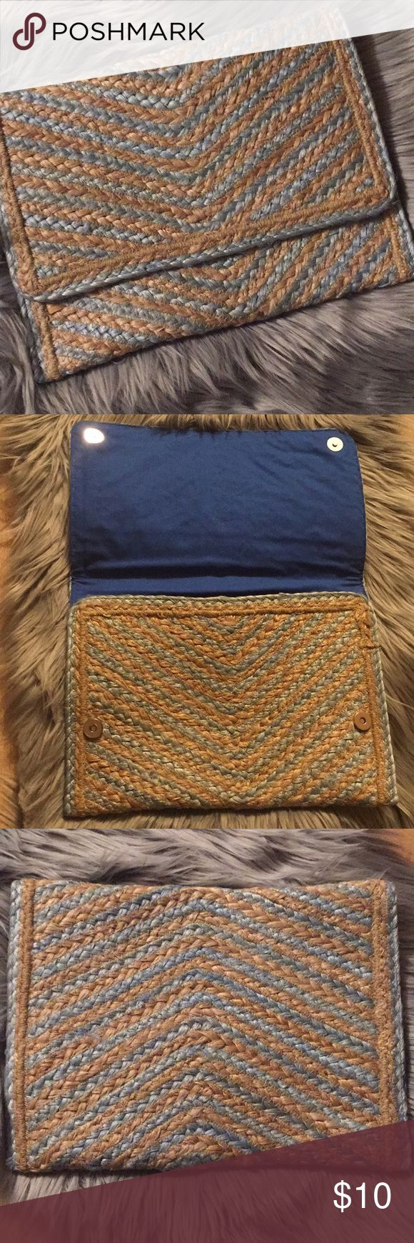 ⚠️Clearance‼️Jute sample bag This is a cute clutch bag that can be used as an on the go clutch bag or a tablet bag! Jute, a natural fiber. Royal blue interior cotton lining. none Bags Clutches & Wristlets