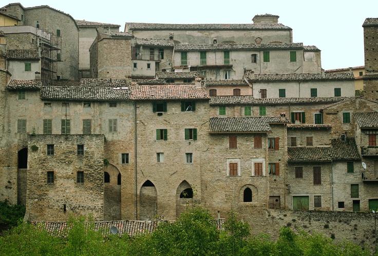 Serra San Quirico town, Marche (40 min)