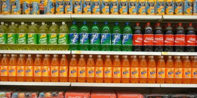 In Landmark Move Scientists Say It S Time To Treat Soda Like Cigarettes Sugary Drinks Drinks Soda Health