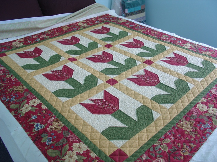 17 Best images about tulip quilts on Pinterest Stained glass, Tulips flowers and Block patterns
