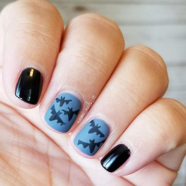 The Finished Look Of My Batty Halloween Manicure Colors Used Gelmoment S Halloween Manicure Nail Trends Gel Polish