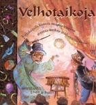 €3 (kirppis) Janice Eaton Kilby ,  Terry Taylor: VELHOTAIKOJA  Velhon opeilla taikuuden taitajaksi    Vanha tuttu velho paljastaa nyt oppilailleen taikuuden salat! Tähän muhkeaan taikaoppaaseen on koottu kaikki tunnetuimmat temput sekä huimasti tietoa taikuuden taustoista ja suurista, historiankirjoihin jääneistä taikureista. Velhon opeilla syntyvät taikanäytöksen tykötarpeet, kuten maaginen pöytä, salaperäinen liina sekä kaneja ja kyyhkysiä pullisteleva silinterihattu. Temppuohjeissa on…
