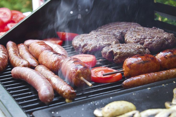 Want to find out what the biggest food trends of 2016 are? – Barbequing is just one of them!