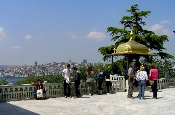 Istanbul gehört zu den faszinierendsten Großstädten dieser Welt. Eine Stadt voller Gegensätze aus Kultur, Tradition, Moderne, Geschichte uvm. Erzähle darüber in deinem Reise Tagebuch - mit moby.cards Istanbul is one of the most fascinating cities in the world. A city of contrasts of culture, tradition, modernity, history and much more. Talk about it in your travel diary - with moby.cards  1 Repin