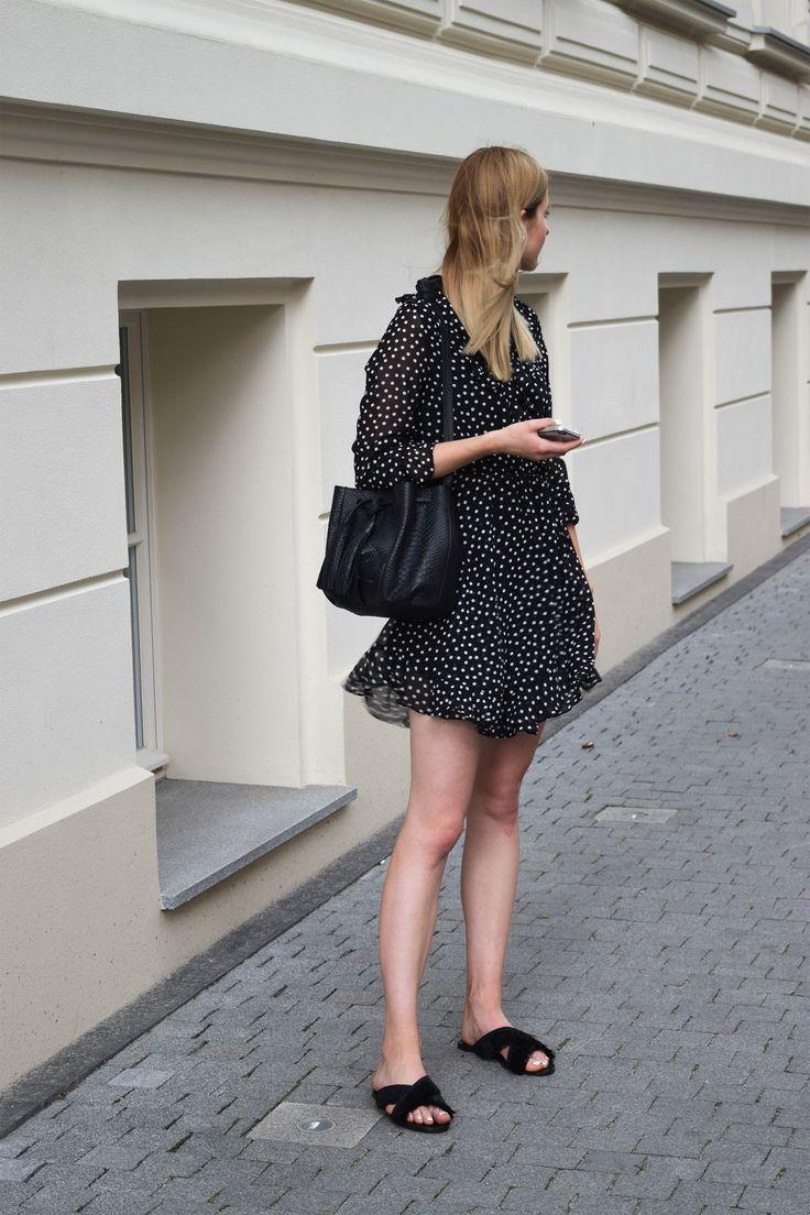 Zofia Chylak leather bag, black Mango flats, H&M wrap polska dots dress. Summer outfit. More on afnewsletter.com