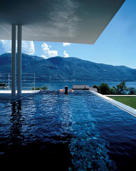 Rimflow pool with stunning viewLakes Greater, Needs A Vacations, Swimming Pools, Amazing Pools, Lakes Como, Dreams House, Swiss Alps, Dreams Pools, Infinity Pools