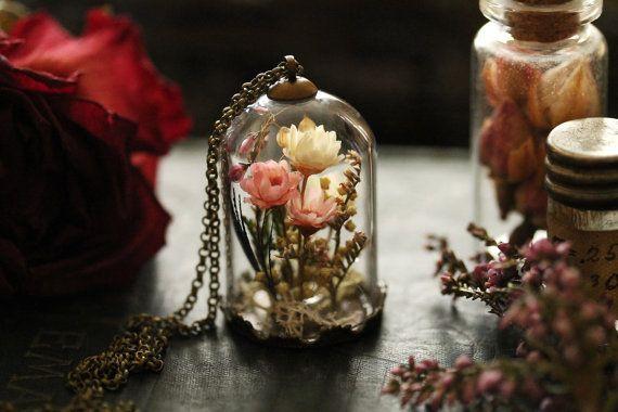 Echte Blume Medaillon, Geschenke für ihr Leben-Medaillon, Shadow Box, irischer Schmuck, echte Pflanze Anhänger, getrocknete Blumen, Moos-terrarium