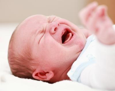 De ce plange bebelusul meu? www.megaparinti.ro