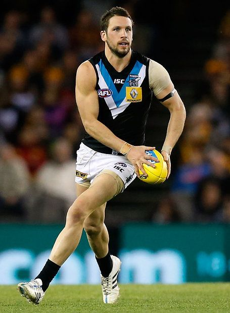 MELBOURNE, AUSTRALIA - AUGUST 21: Travis Boak of the Power in action during the 2015 AFL round 21 match between the Hawthorn Hawks and Port Adelaide Power at Etihad Stadium, Melbourne, Australia on August 21, 2015. (Photo by Adam Trafford/AFL Media)
