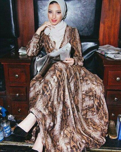 Pinned via Nuriyah O. Martinez | Noor Tagouri wearing a Serpentine Bronze Italian Silk gown by Festoun