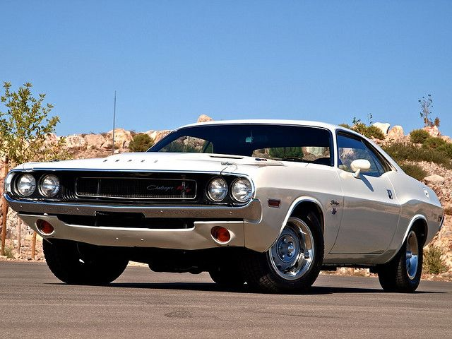 1970 Dodge Challenger R/T 426 Hemi. 15 hours to San Francisco, Kowalski.