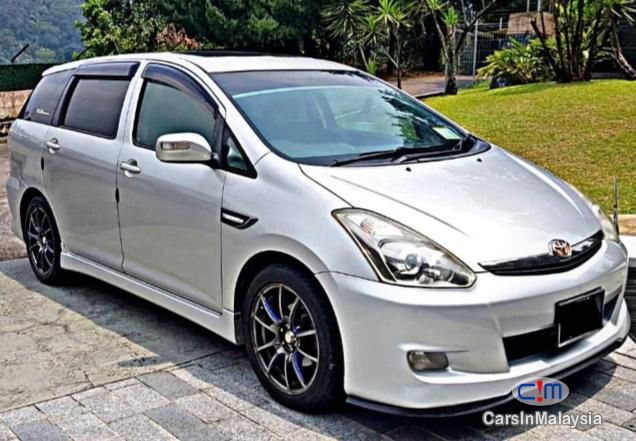Toyota Wish 1 8 At Mpv Sambung Bayar Car Continue Loan For Sale Carsinmalaysia Com 28965 Toyota Wish Car Comfort Toyota Cars