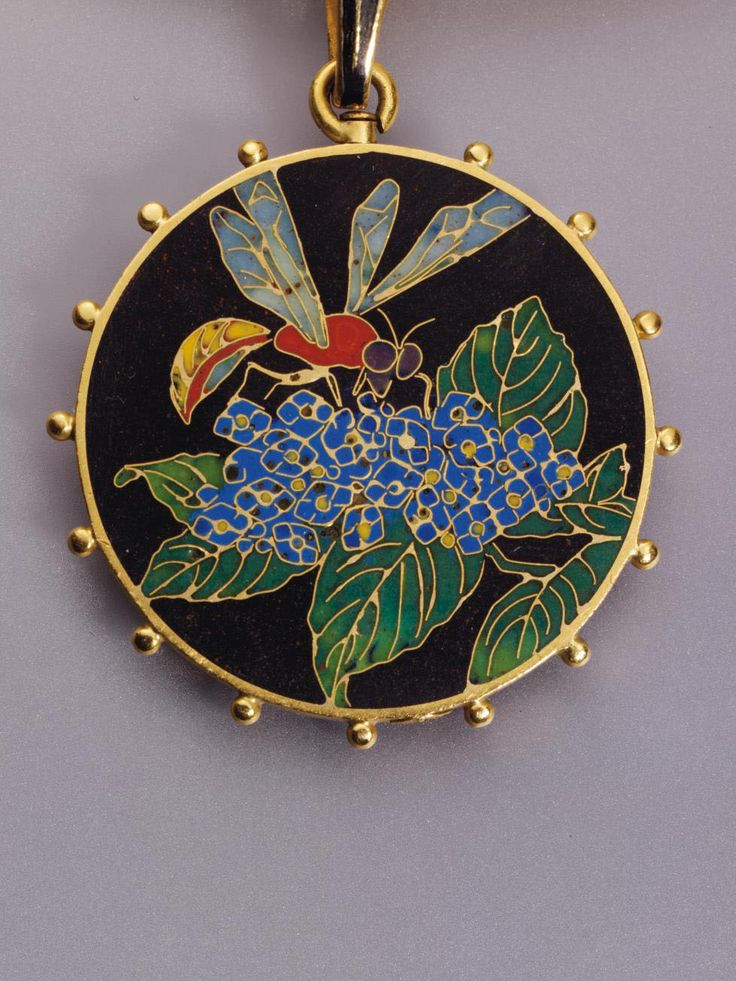 ≗ The Bee's Reverie ≗  Bee Pendant | Faberge at Wartski