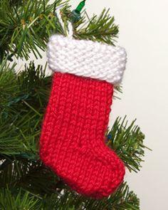 Mini Santa Stocking free knitting pattern