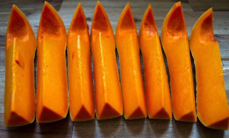 Hier seht ihr leckere Kürbisschnitze, aus einem meiner leckeren #Kürbis #Rezepte. Einfach mal auf meinem #Blog suchen und das #Video dazu anschauen.